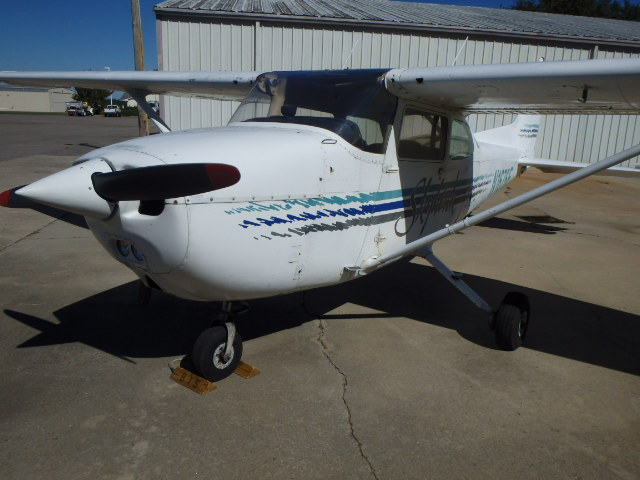 Texas Air Salvage parting out: 1978 Cessna 172N    Used